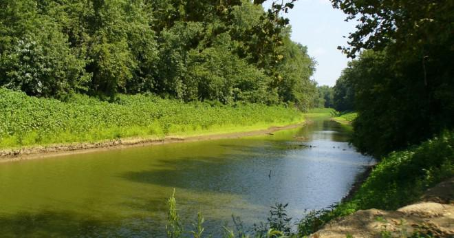 Vad floden bildar södra gränserna för Ohio och Indiana?