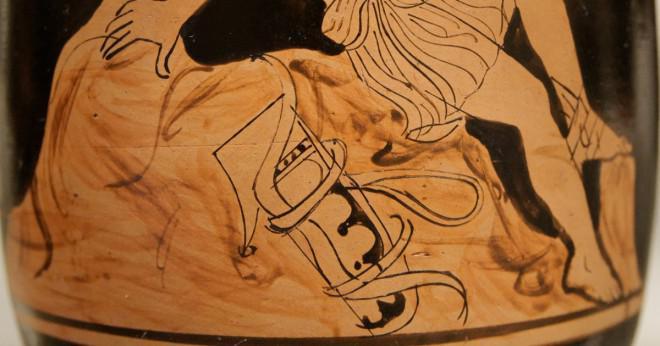 Vilken roll har gudarna i det trojanska kriget?