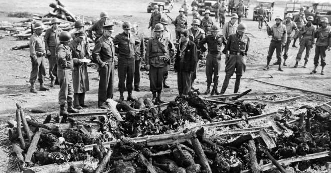 Vad var Dwight D. Eisenhower ansvarar för Auschwitz?