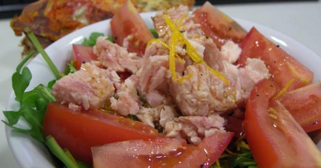 Vad är ett bra substitut för majonnäs i tonfisk sallad?