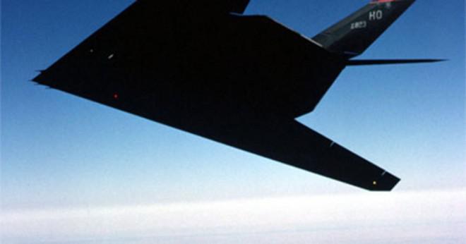 Vem skapade den första stealth jet?
