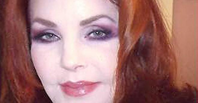 Hur gammal är Lisa Marie Presley barn?