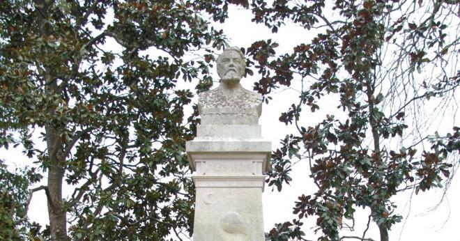 Vad är syskon namnen av Jules Verne?