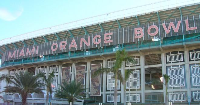 Vad konferensen har universitet av Miami spela i innan stora öst?