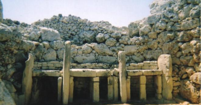 Vad gjorde gamla stenåldern människor från stenar?