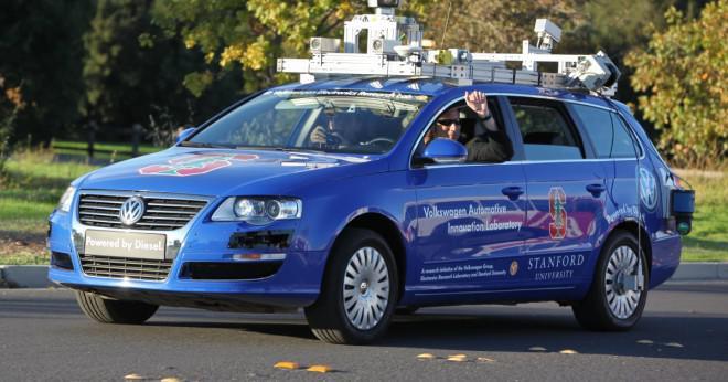 Kan någon hyra en bil i Kalifornien med bara ett körtillstånd?