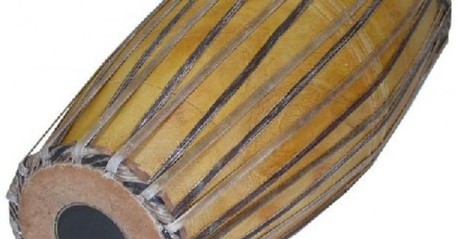 Vad är den indiska musikinstrument shatatantu?
