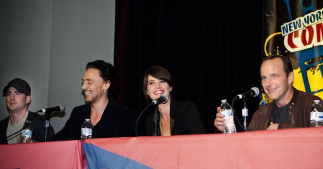 Scarlett johansson kommer att spela som svarta änkan i The Avengers filmen och i iron man 3?