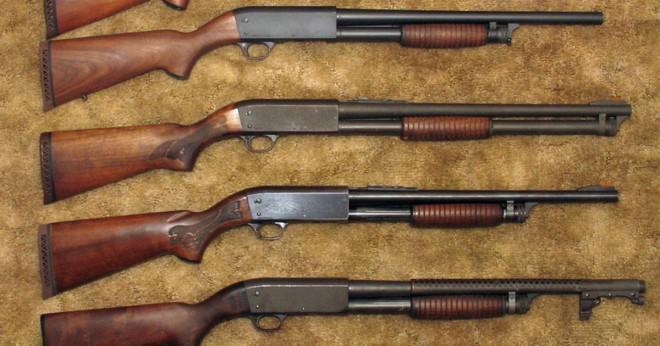 Jag har en gammal 22cal Ithaca Gun Co spaken åtgärder cocking hammare med en mycket kort fat. Serienumret är 490449352 kan någon berätta för mig när den gjordes och, om någon penningvärde?