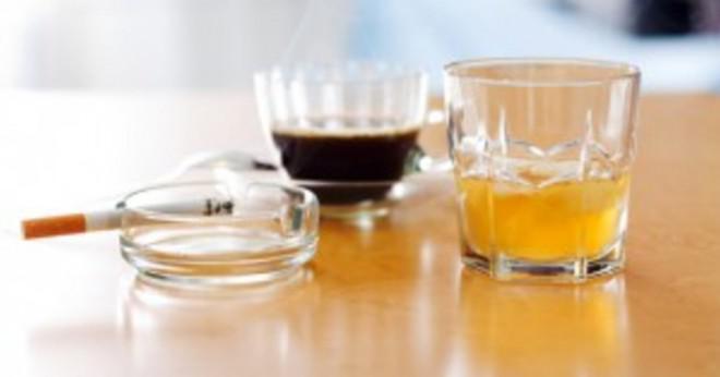 Hur många procent av tonåringar dricker alkohol i Iowa?
