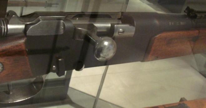 Vad är värdet av en dubbel fat hagelgevär mellan 1818 och 1909?