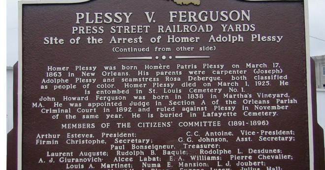 Vem var Homer Plessy och vilken roll spelade han i Plessy v Ferguson fallet?