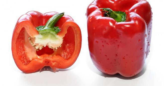 Vad är vetenskapliga namn och efternamn av chili?